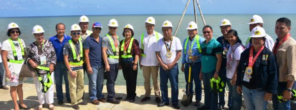 Governor leads groundbreaking for P153M feeder port in Sagay City