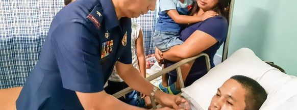 Wounded Hinigaran Police Chief recognized by PRO-6