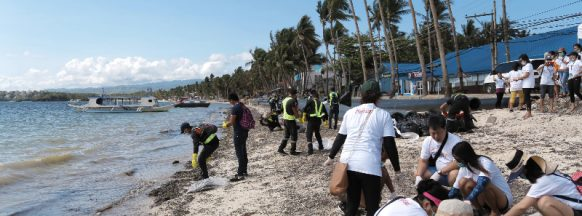 Over 200 participate in #SaveBoracay clean-up drive