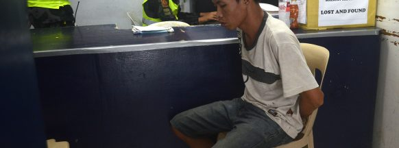Security guard stabbed to death on first day of Boracay closure