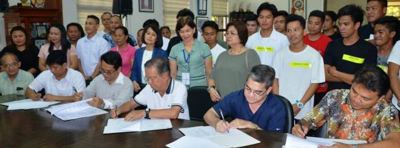 Agreement signed to provide vocational school scholarships