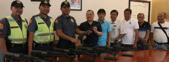 Bago City PNP gets assault rifles from city government