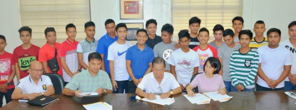 Agreement signed to grant scholarships  to Negros Occidental vocational students