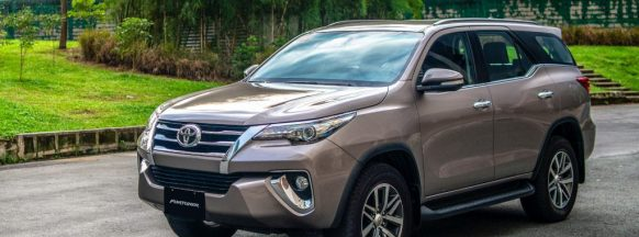 Toyota Fortuner gets updated with  Apple CarPlay and Android Auto