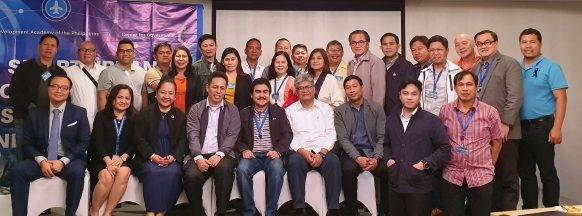 Bacolod City mayor, local officials  attend 'smart cities' seminar