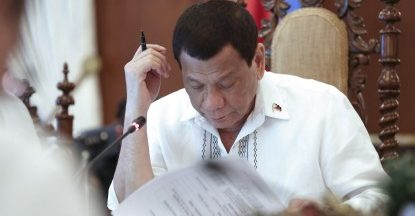 Duterte reviews proposed P4.1T 2020 budget