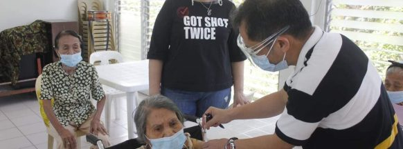 Bacolod stops accepting  COVID vaccination walk-ins