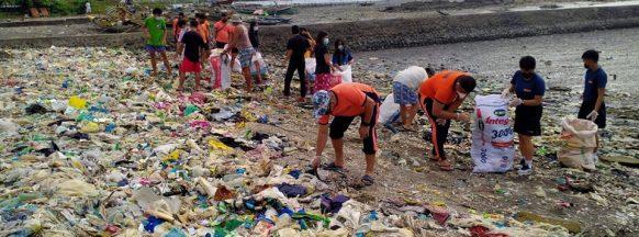 PCG-NegOcc joins International Coastal Clean-up Day